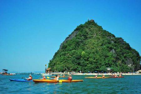 kayaking in Ti Top island